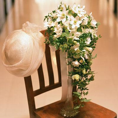 Где свадьба – там и цветы. И самый красивый, а также для некоторых самый желанный – букет невесты.