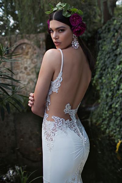 Сексуальные свадебные платья – Вырез на спине